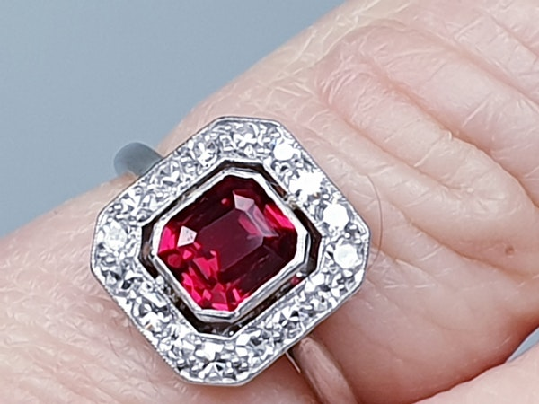 Art deco red spinel and diamond engagement ring set in platinum  DBGEMS - image 5