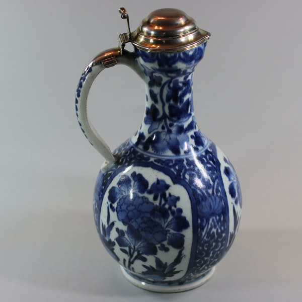 Japanese blue and white Arita ewer, circa 1680, with early mounts - image 1