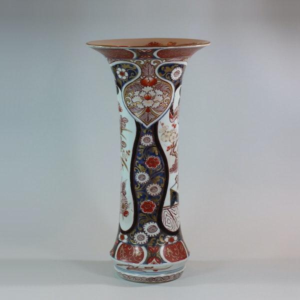 Japanese imari trumpet vase, Edo period, 18th century - image 3