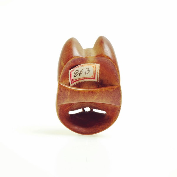 Wood mask Netsuke - image 3