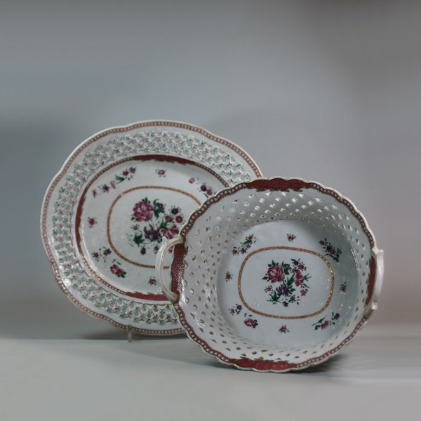 Chinese famille rose basket and stand, Qianlong (1736-95) - image 1