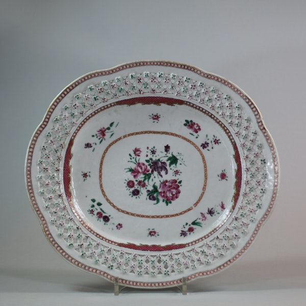 Chinese famille rose basket and stand, Qianlong (1736-95) - image 4