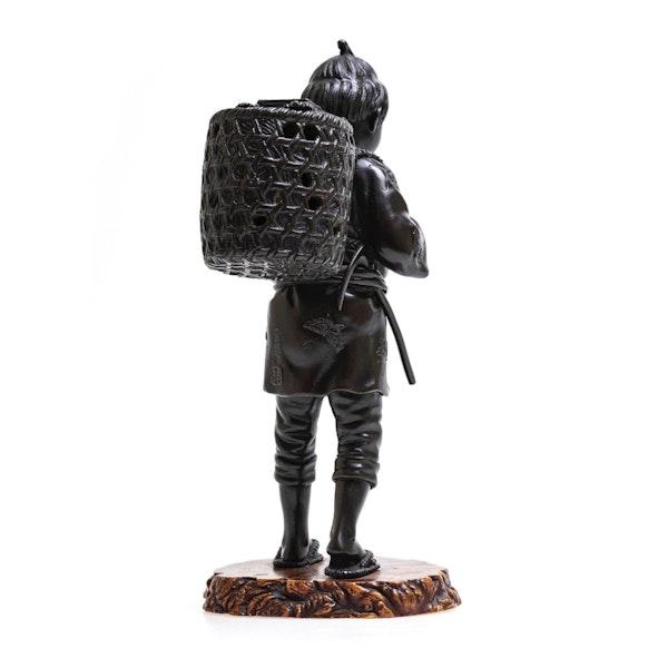 Japanese bronze figure - image 4