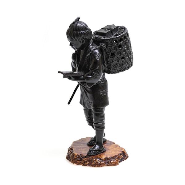 Japanese bronze figure - image 3