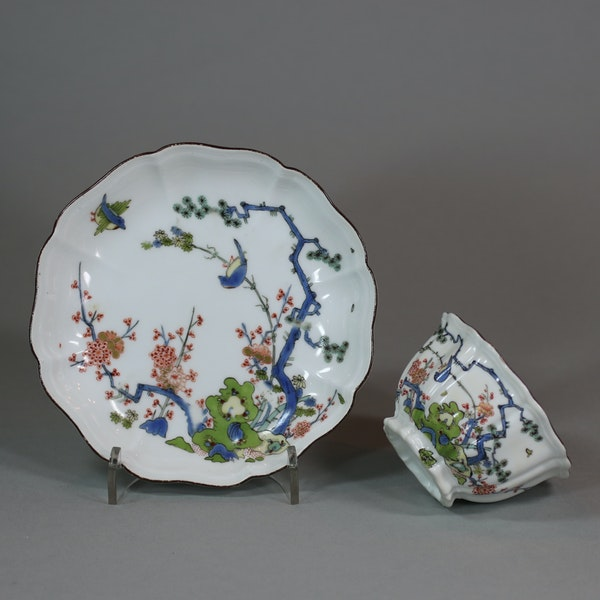 Meissen octafoil teabowl and saucer, circa 1735 - image 1