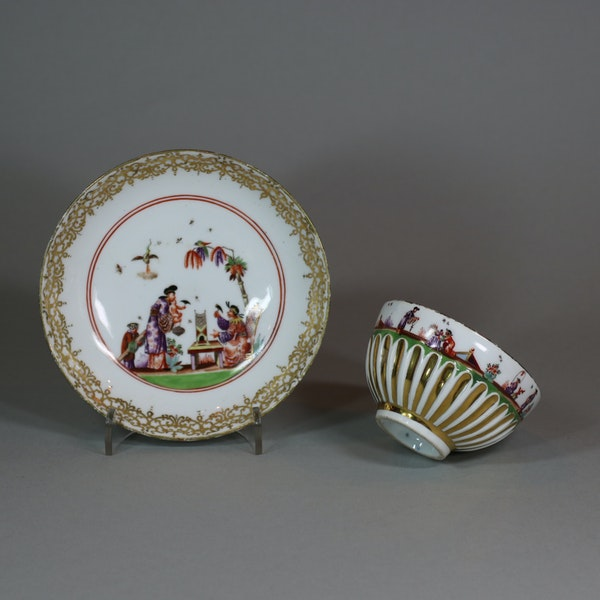 Meissen gadrooned teabowl and saucer, circa 1730 - image 1
