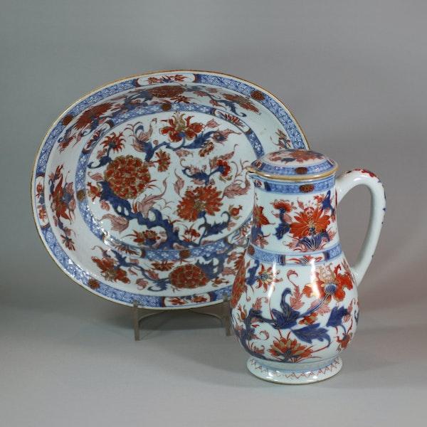 Chinese imari jug and basin, late Kangxi (circa 1720) - image 1