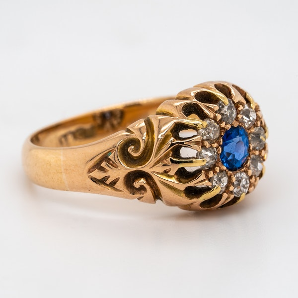 Victorian diamond and sapphire round cluster ring - image 2