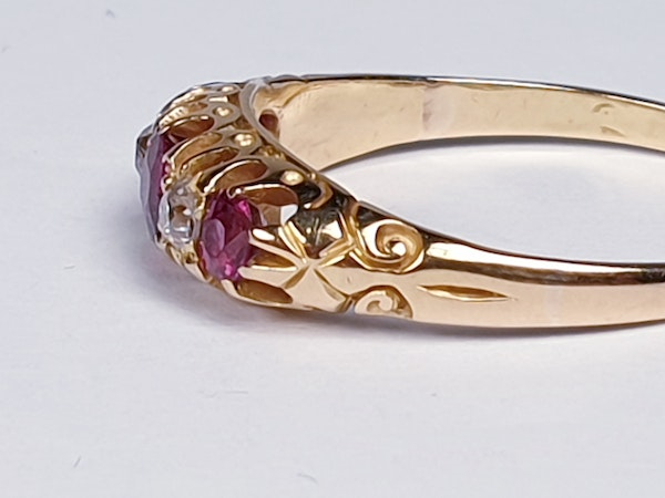 Antique ruby and diamond five stone ring  DBGEMS - image 6
