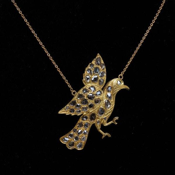 Rose cut diamond pendant of a bird - image 1