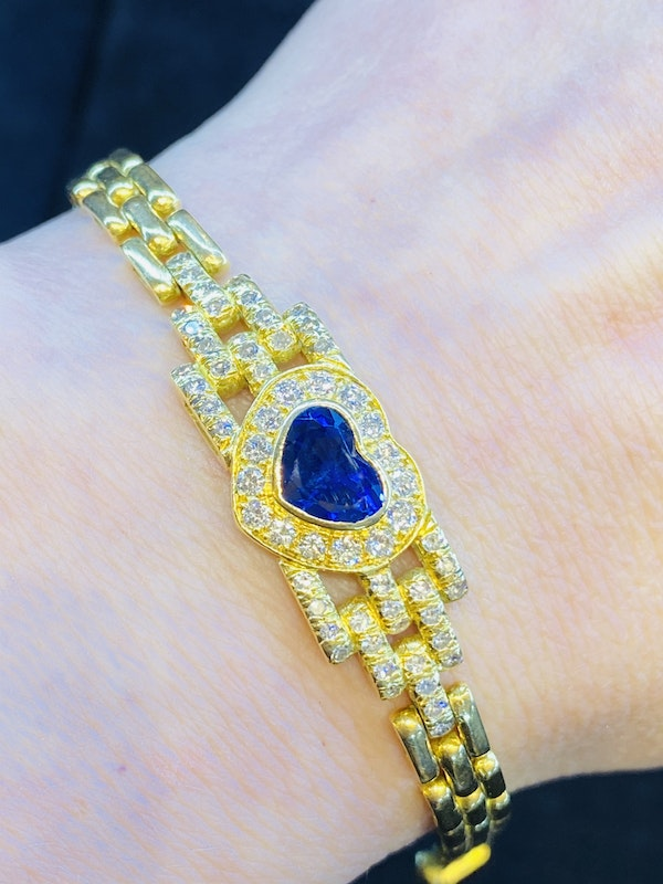 18K yellow gold 2.00ct Natural Blue Sapphire and 1.00ct Diamond Bracelet - image 5
