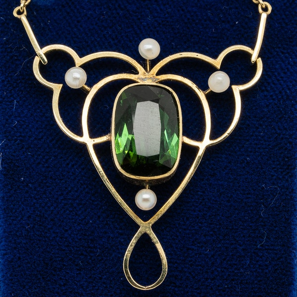 Art Nouveau green tourmaline and pearl necklet in 15 ct gold - image 1