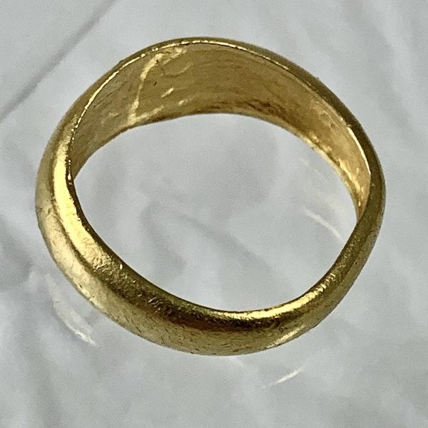 Byzantine gold ring - image 2