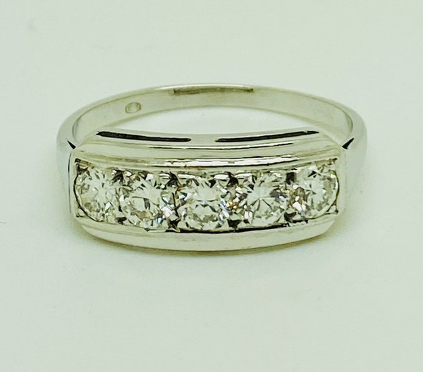 Half Eternity 5-stone Diamond Ring, 18K white gold. - image 1