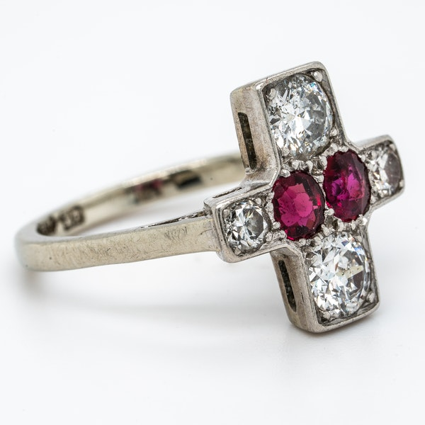 Art Deco ruby and diamond tablet ring - image 2
