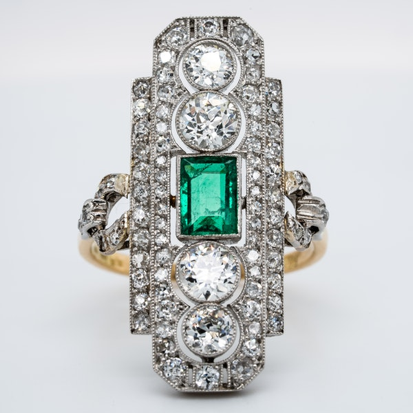 Art Deco emerald and diamond tablet ring - image 1