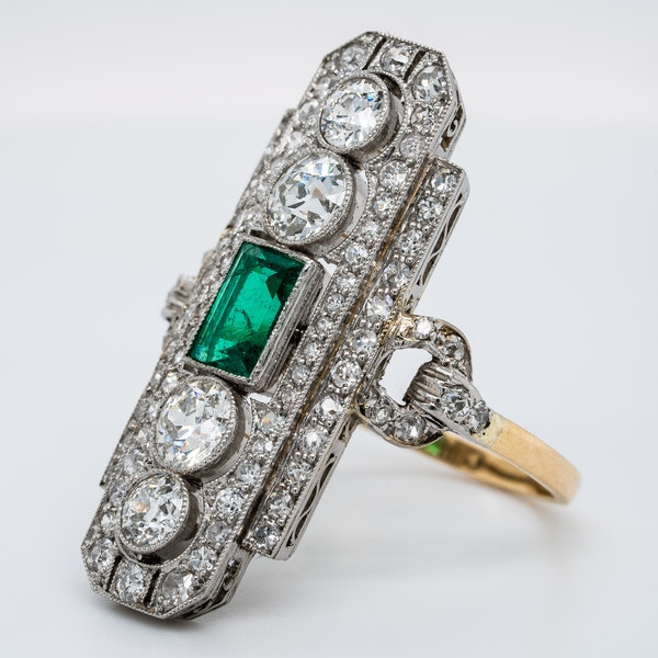 Art Deco emerald and diamond tablet ring - image 3