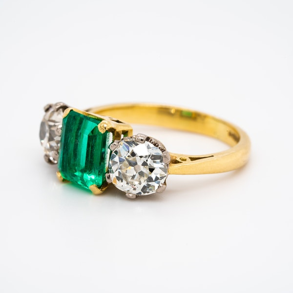 Emerald and diamond 3 stone  ring - image 2