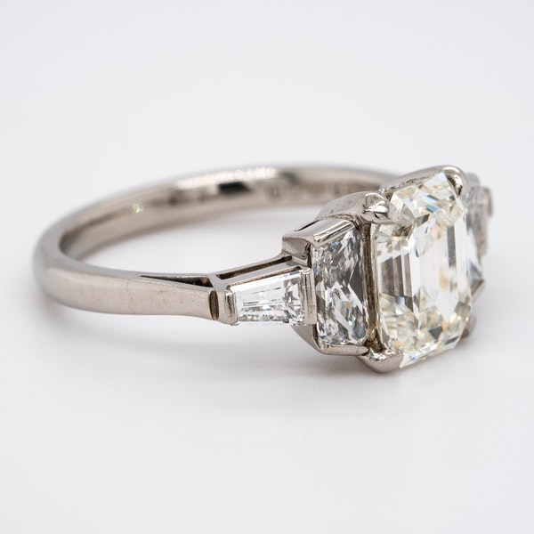 Diamond 3 stone ring with tapered baguettes diamond shoulders - image 2
