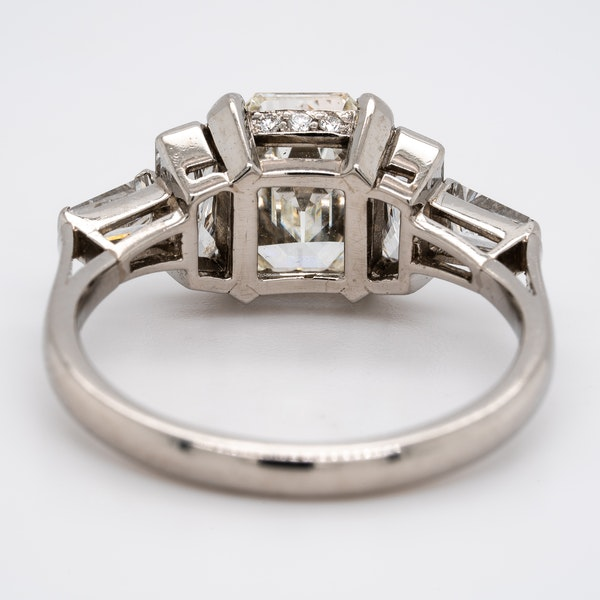 Diamond 3 stone ring with tapered baguettes diamond shoulders - image 3