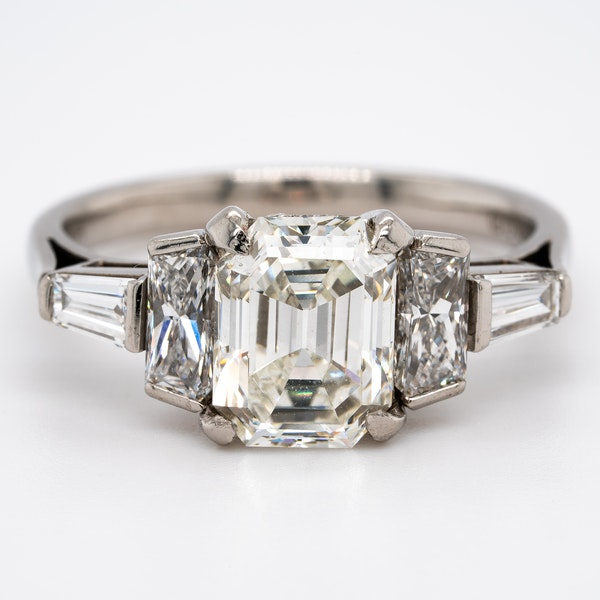 Diamond 3 stone ring with tapered baguettes diamond shoulders - image 1