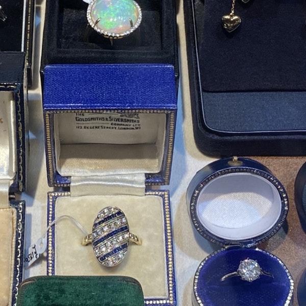 Sapphire Diamond Ring in 18ct Yellow/White Gold date circa 1940 SHAPIRO & Co since1979 - image 3