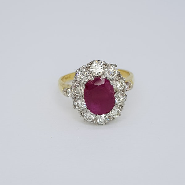 RUBY AND DIAMOND CLUSTER RING - image 2