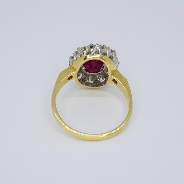 RUBY AND DIAMOND CLUSTER RING - image 4
