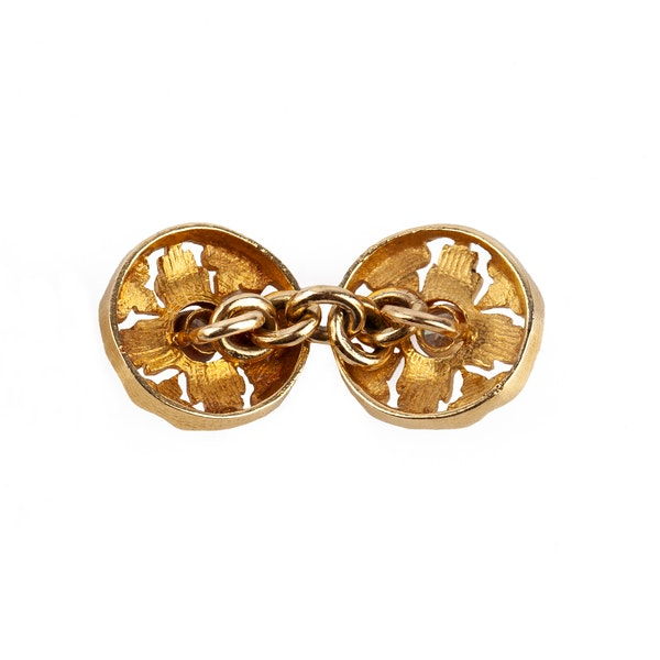 Art Nouveau Cufflinks of Floral Pattern in 18 Carat Gold with Diamond Centre, English circa 1890. - image 2