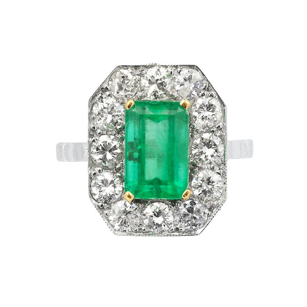 18K white gold 3.50ct Natural Emerald and 1.00ct Diamond Ring - image 1