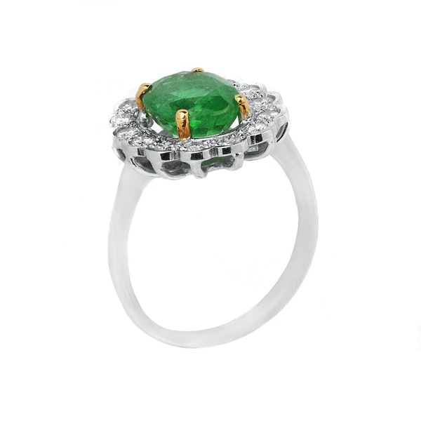 18K white gold 2.46ct Natural Emerald and 0.58ct Diamond Ring - image 2