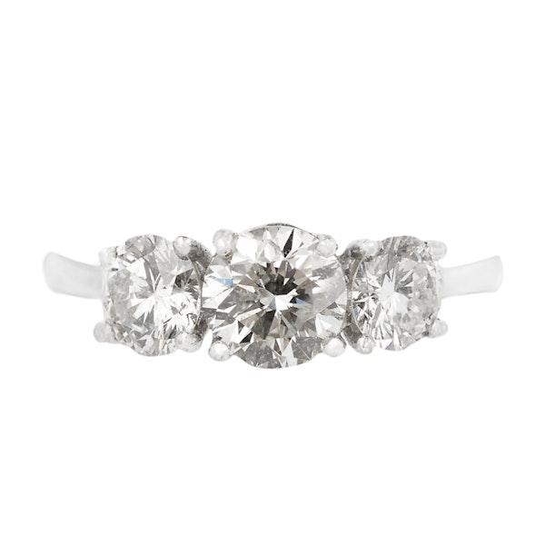 18K white gold, 3-stone 1.56ct Diamond Ring - image 1