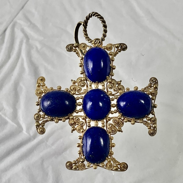 1820 gold and lapis pendant - image 1