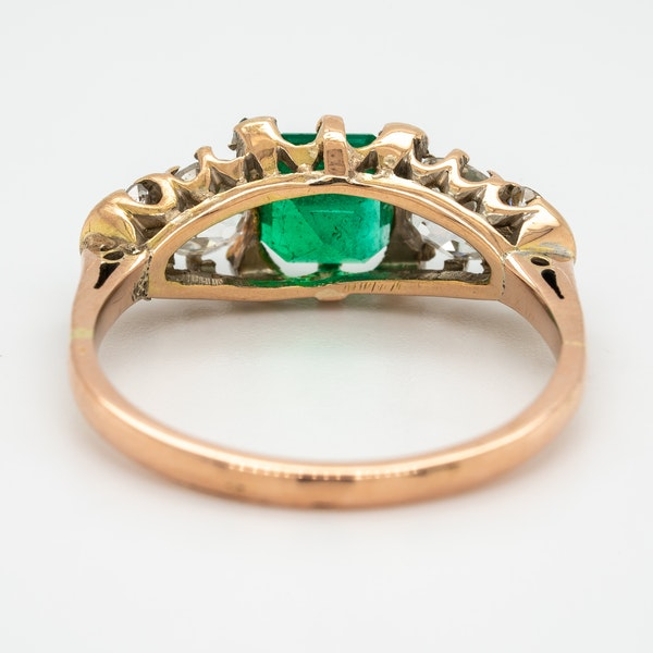 Edwardian emerald and diamond half hoop ring - image 4