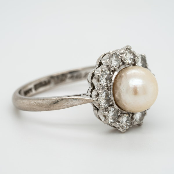Pearl and diamond retro cluster ring - image 2