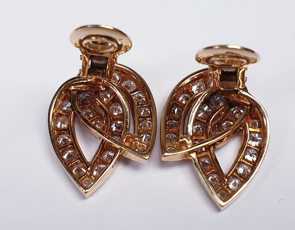 Stylish French Diamond Clip Earrings  DBGEMS - image 3