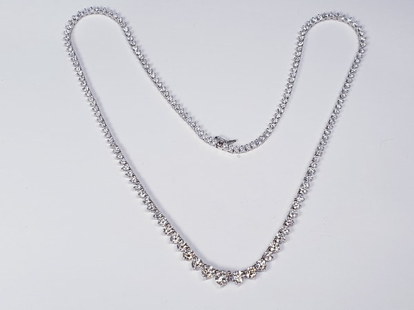 10ct Graduated Diamond Necklace  DBGEMS - image 2