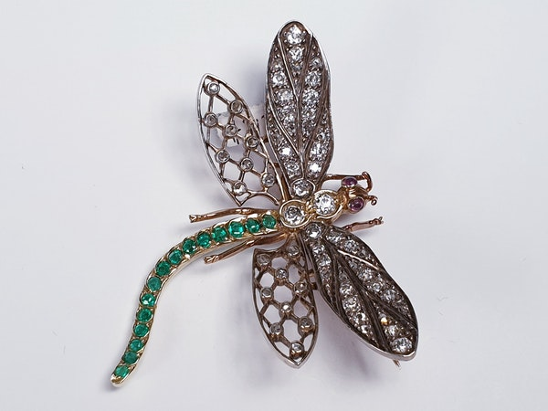 Antique Diamond and Emerald Dragonfly Brooch  DBGEMS - image 3