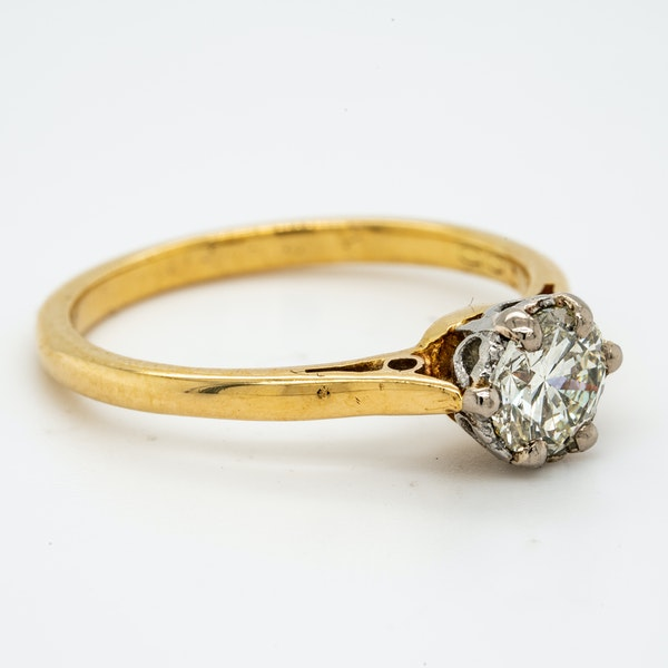 18K yellow gold 0.50ct Diamond Solitaire Engagement Ring. - image 2