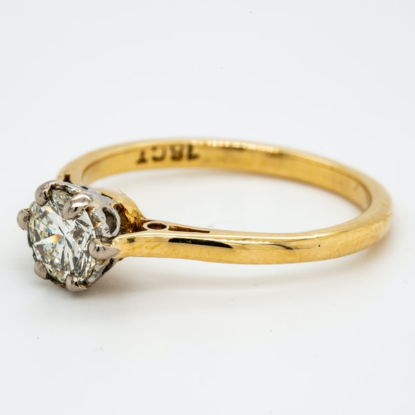 18K yellow gold 0.50ct Diamond Solitaire Engagement Ring. - image 3