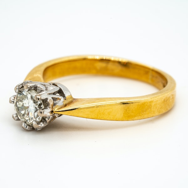 18K yellow gold 0.50ct Diamond Solitaire Engagement Ring - image 3