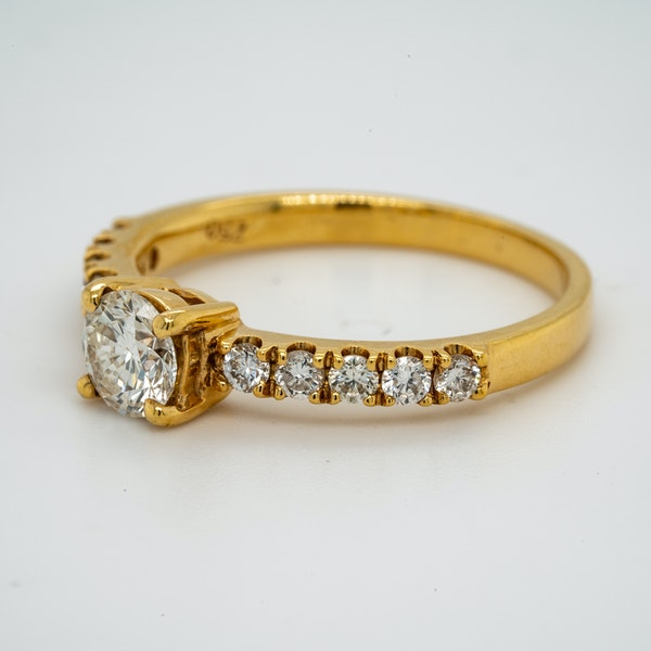 18K yellow gold 0.51ct Diamond Solitaire Engagement Ring - image 3