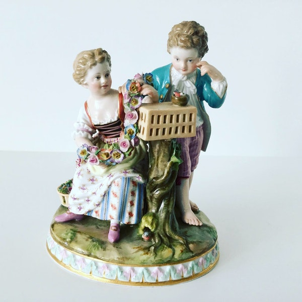 Meissen group of courting couple - image 1