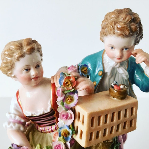 Meissen group of courting couple - image 4
