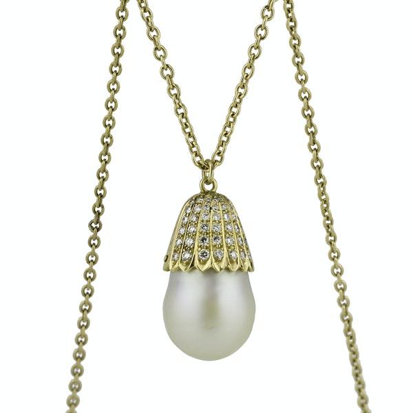 Pearl and Diamond Gold Pendant - image 2