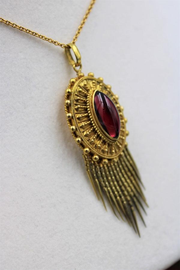 A very fine Victorian Etruscan Revival Garnet Tassel Pendant set in 15ct Yellow Gold, English, Circa 1880 - image 1