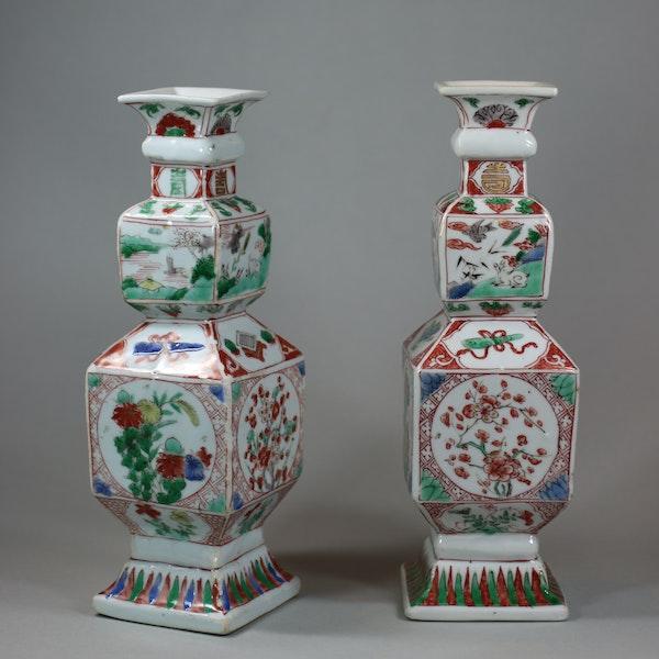 Pair of Chinese famille verte porcelain square-section vases, Kangxi (1662-1722) - image 7