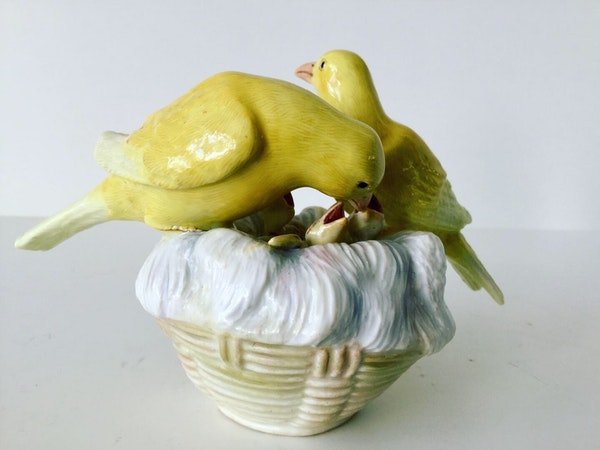 Meissen group of canaries - image 2