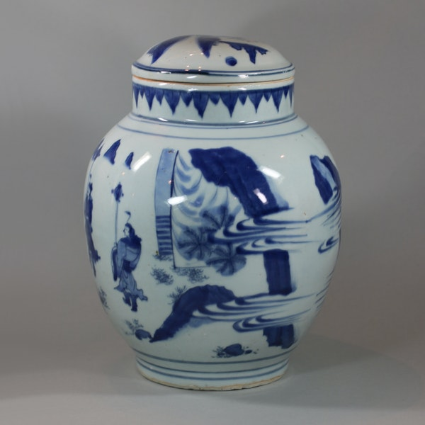 Chinese blue and white transitional baluster vase and cover, circa 1640 - image 3