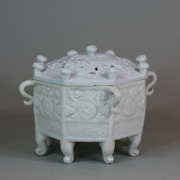 Chinese blanc de chine 'Marco Polo' censer and cover, Kangxi (1662-1722) - image 3